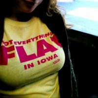 hot_chicks_funny_shirts_05