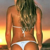 brazilian_bikini_babes_have_the_best_bums_47