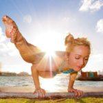 yoga_instructor_02