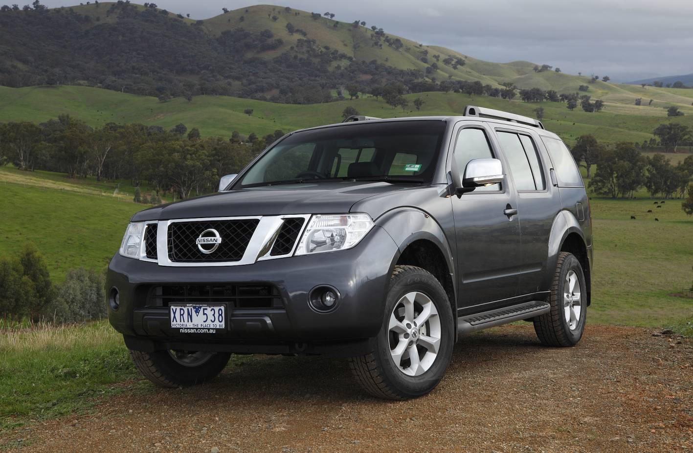 2011-Nissan-Pathfinder
