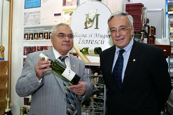 Mugur-Isarescu-profit-din-vinuri
