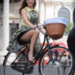 femei pe bicicleta (11)