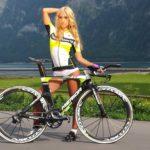 femei pe bicicleta (7)