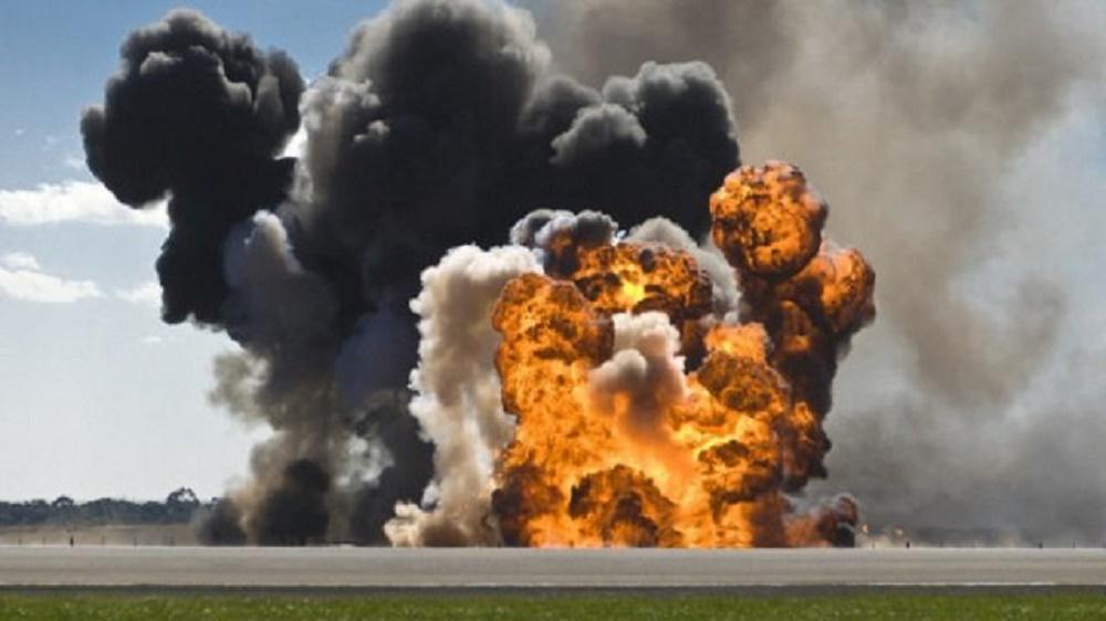 accident-groaznic-la-mihailesti-a-explodat-un-tir-cu-800-de-butelii