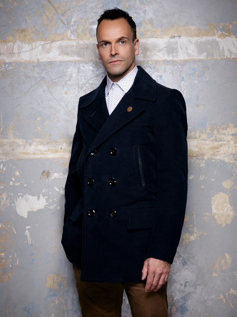 Noaptea detectivilor Sherlock Holmes la AXN